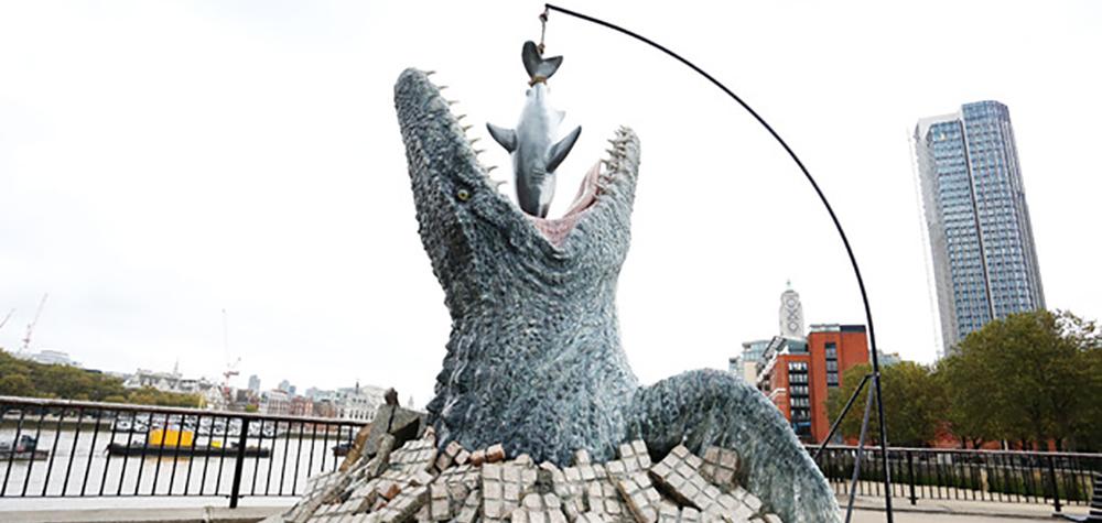 Un dinosaure marin g&#...